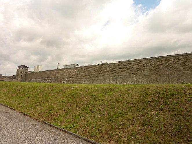 Mauthausen_gruppo_calderara1