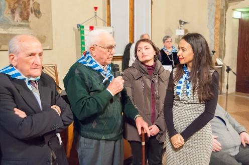 Irene Priolo Presidente ANED Bologna con ex deportati