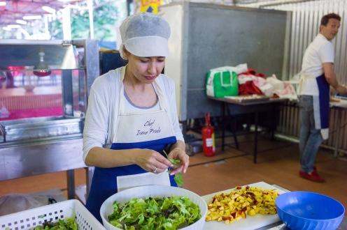 Irene Priolo in Cucina Alla Festa dell'Unità