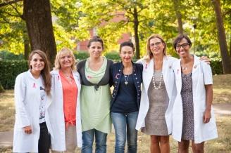 Irene Priolo con le Farmaciste di Calderara per la campagna Lilt