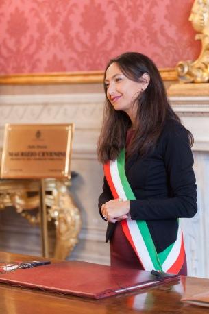 Irene Priolo celebra in Sala Rossa un matrimonio