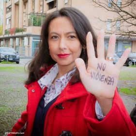 Irene Priolo per la campagna No alla violenza sulle donne
