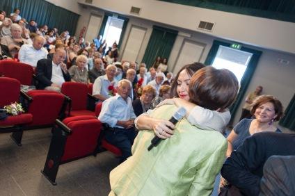 Irene Priolo alla celebrazione delle Nozze d'Oro dei cittadini calderaresi